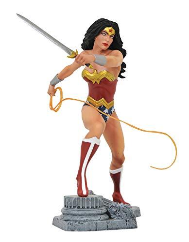 DIAMOND SELECT TOYS DC Gallery Wonder Woman Lasso Comic Version PVC Figure Multicolor
