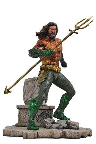DIAMOND SELECT TOYS DC Movie Gallery Aquaman PVC Diorama Figure