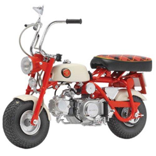 Ebbro 1967 Honda Monkey Z 50 M 110 Scale Diecast Model Motorbike
