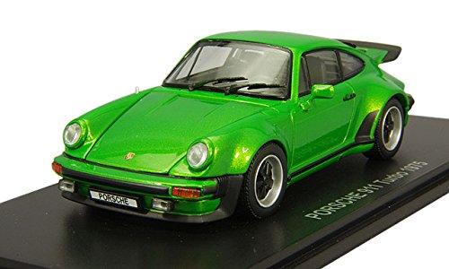 Kyosho Diecast 1975 Porsche Turbo 143 Scale Green