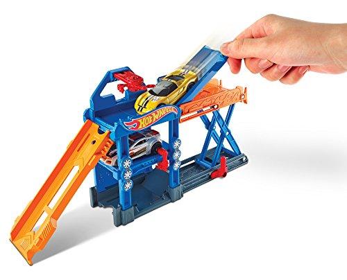 Hot Wheels Robo-Lift Speed Shop Playset