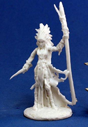 Liela Dark Elf Wizard 1 Miniature