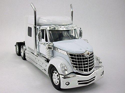 International Lone Star Lonestar Truck Diecast Metal 132 Scale Truck Model - WHITE
