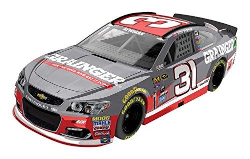 Lionel Racing Ryan Newman 31 Grainger 2016 Chevrolet SS NASCAR Diecast Car 164 Scale