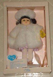 1990 Ginny Strolling Down Fifth Avenue 8 Inch Doll