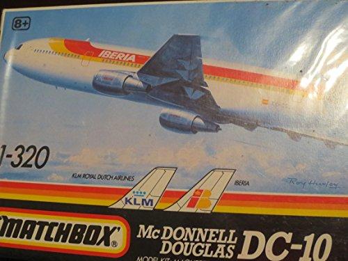 McDonnell Douglas DC-10 1-320 Model Airplane Kit