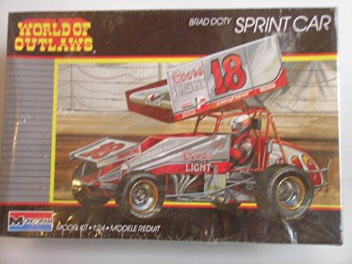Monogram 2752 World of Outlaws Brad Doty Gambler Sprint Car 124 Plastic Model Kit