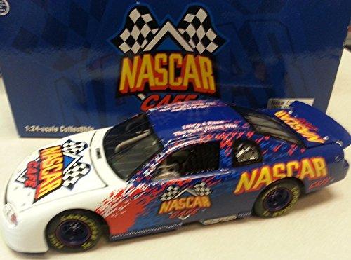 Qiyun NASCAR Cafe Event Program Car 1998 1 24 Action Diecast Car 1 3 900