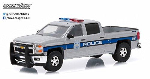 New 164 HOT PURSUIT SERIES 17 ASSORTMENT SILVER 2015 CHEVROLET SILVERADO - CHEVROLET USA POLICE Diecast Model Car By Greenlight