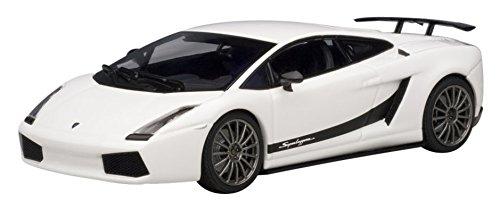 Lamborghini Gallardo Superleggera White 143 Autoart Diecast Car Model