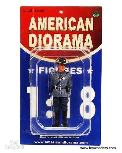 16107 American Diorama Figurine - Single State Trooper Craig Figure 118 Blue 16107 Diecast Car Model Auto Automobile Toy Metal Vehicle