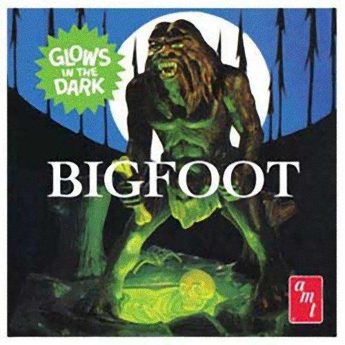 AMT Bigfoot Snap Together 17 Scale Figure Model Kit