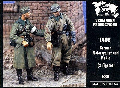 Verlinden 135 German Motorcyclist And Medic 2 Resin Figures Kit 1402