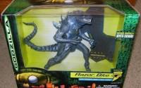 Godzilla-Razor-Bite-Action-Figure-with-Power-Lunge-Bite-Strike-23.jpg